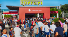 Ferrari, in 24mila al family day di Maranello con Elkann