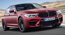 BMW M5, la belva da 600 cv travestita da berlina