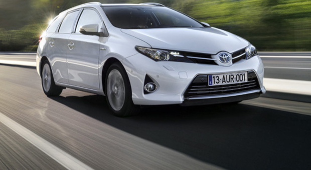 Toyota Auris Touring Sports Hybrid La Station Wagon Piu Bella Del Reame