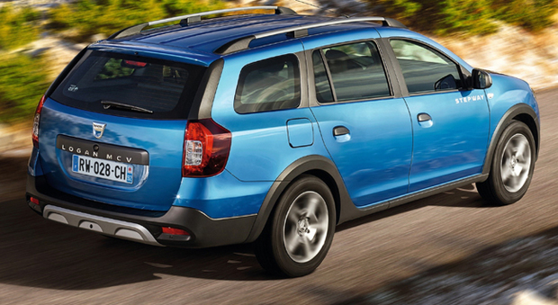 dacia logan mcv stepway la station wagon che strizza l 39 occhio ai crossover. Black Bedroom Furniture Sets. Home Design Ideas
