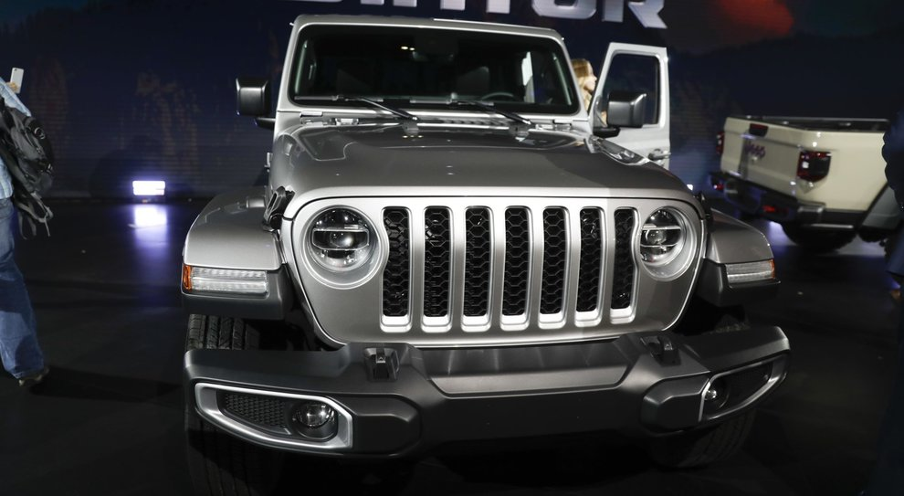 La Jeep Gladiator ha debuttato al Los Angeles auto show