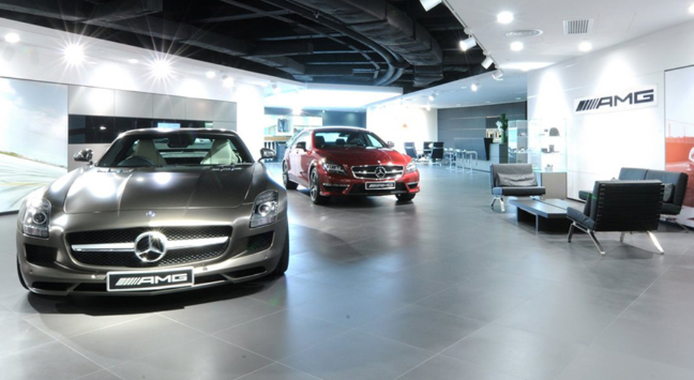 L'interno di un AMG Performance Center