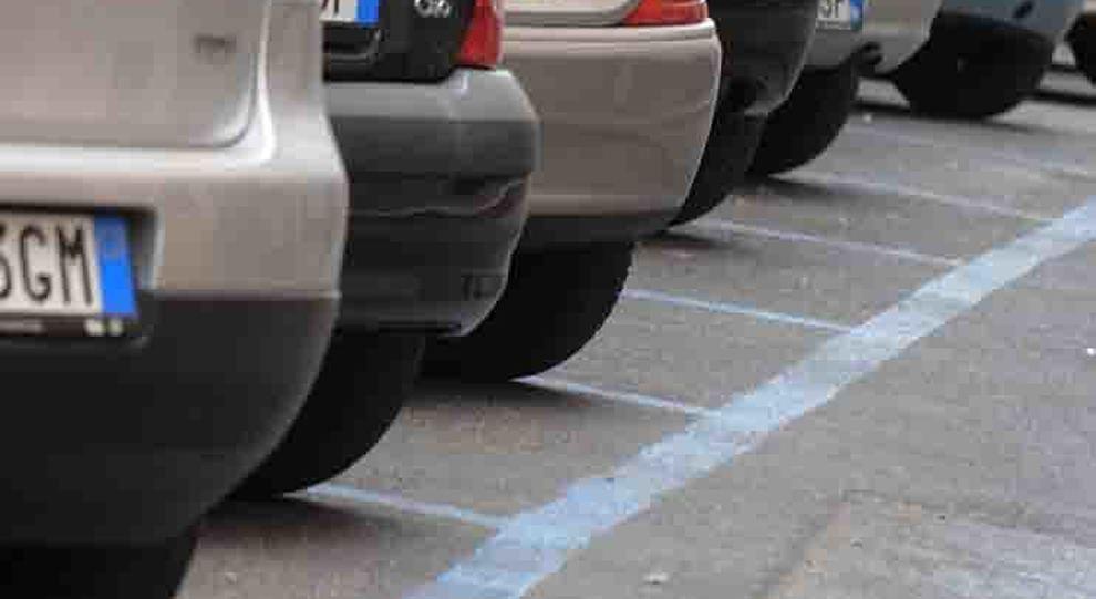 Parking abusivo, a Bergamo è guerra al commercio dei ticket usati ...