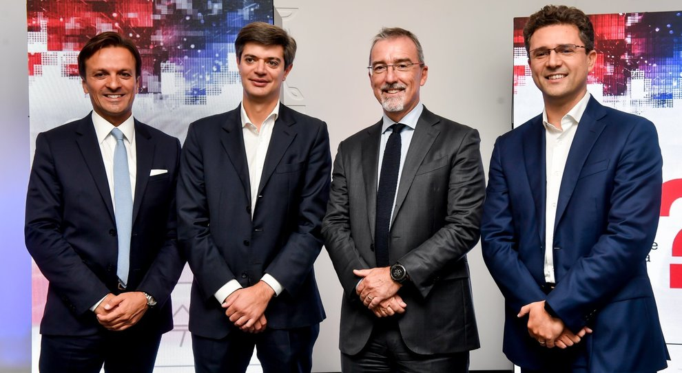 Da sinistra Giacomo Carelli, Chief Executive Officer & General Manager di FCA Bank Group , Pietro 