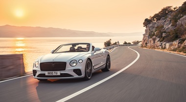 Continental GT Convertible, la cabrio superlusso di Bentley