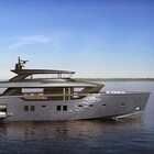 Sanlorenzo a Genova con SX112, yacht-crossover di 34 metri. E dal partner Wooden Boats un luxury tender in stile Bentley